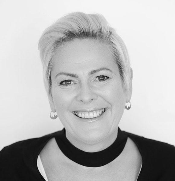Halla Tómasdóttir headshot
